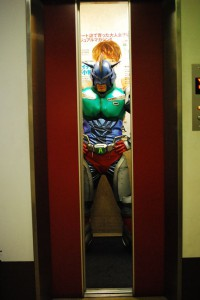 エレベーター3小