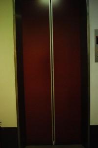 エレベーター1小